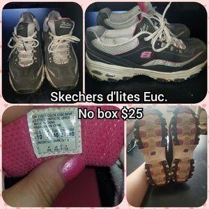 Skechers size 10